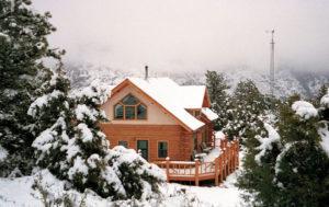 Ewings solar-powered log home